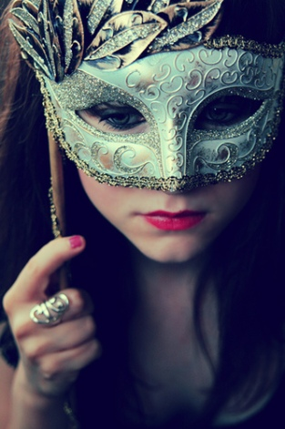 heatherlouise-behind-the-mask-ii_0