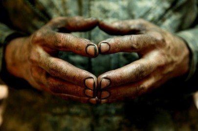 dirty-hands1